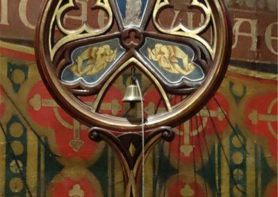 Le deuxième emblème de la Basilique : le tintinnabulum