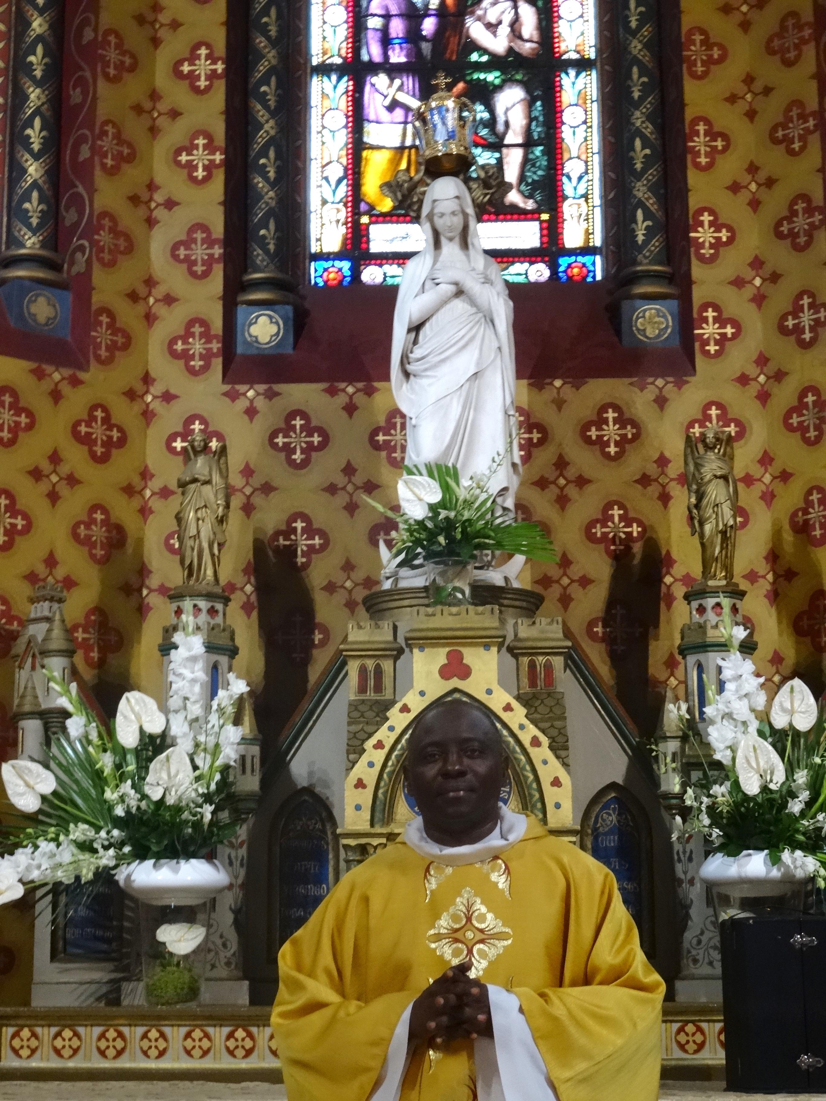 15 08 19 Le Père Faustin fête ses 25 ans de sacerdoce