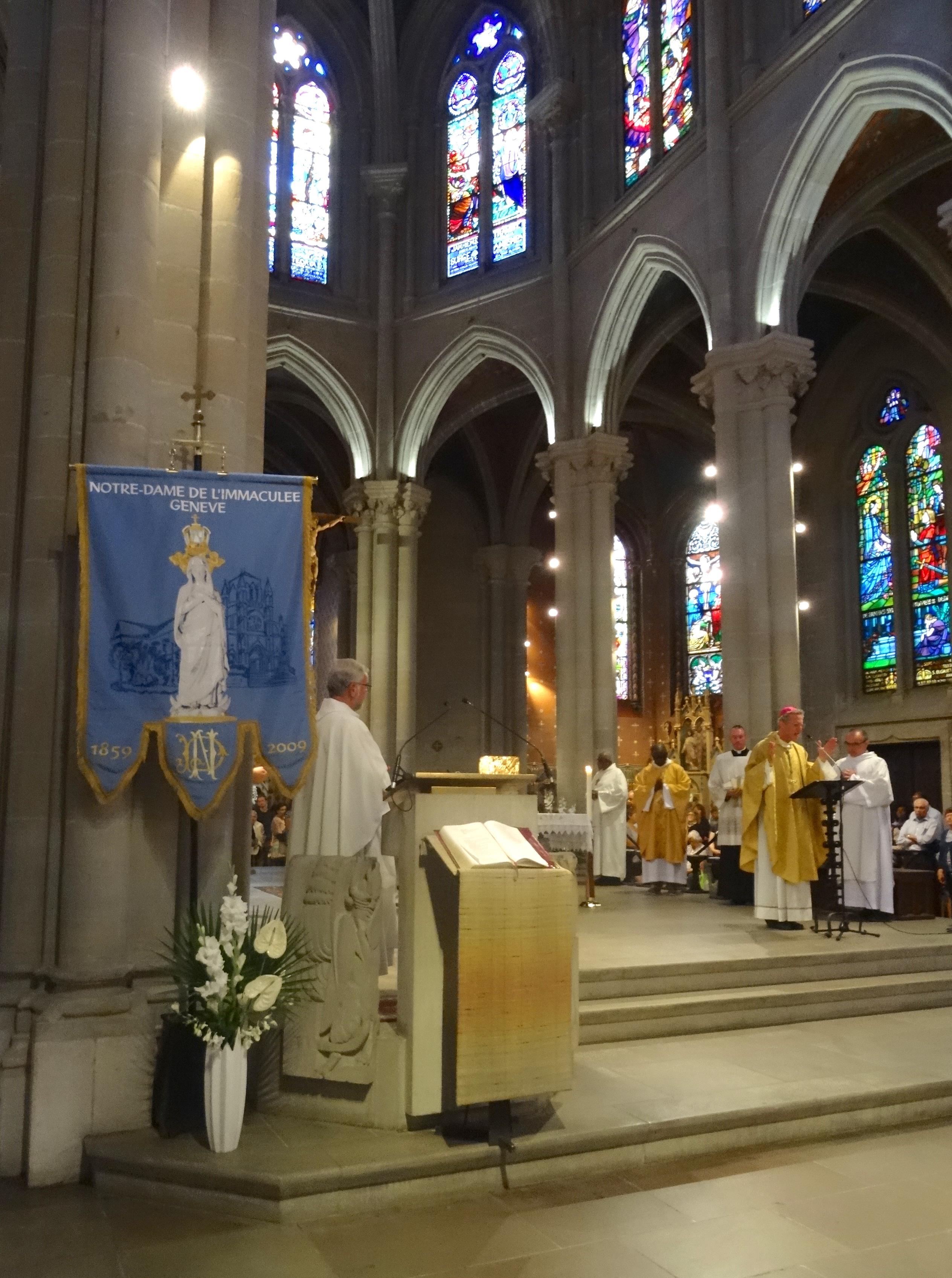 15 08 19 Mrg Alain de Raemy préside la messe de l'Assomption à 18h30