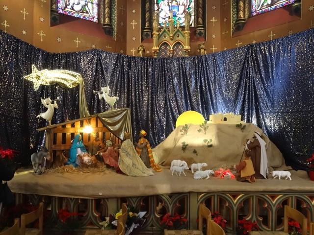 Crèche de Noël à la basilique